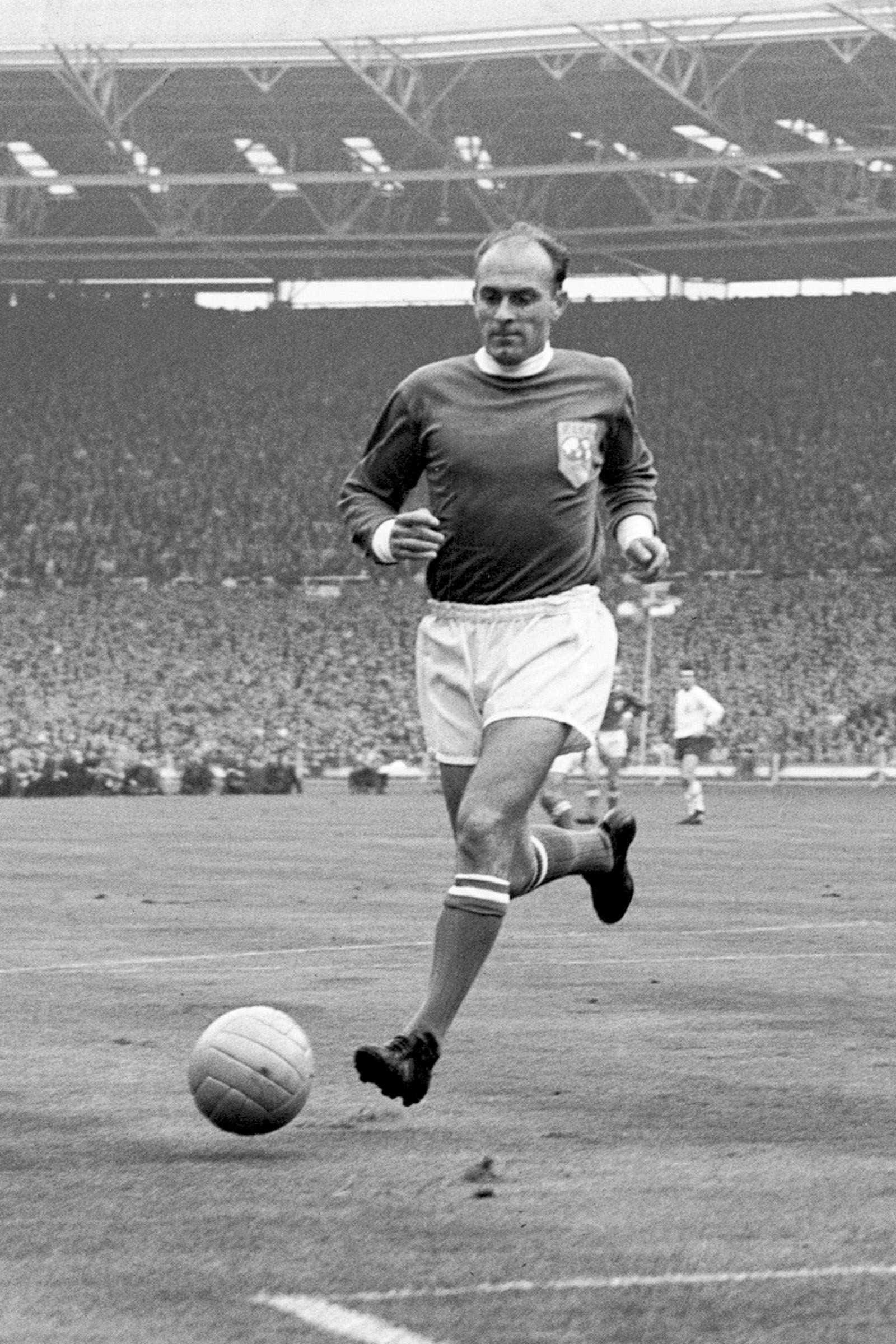 Alfredo di Stefano, Rest of the World