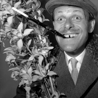 Terry-Thomas, Jimmy Tarbuck And The Diamond Cigarette Holder Heist