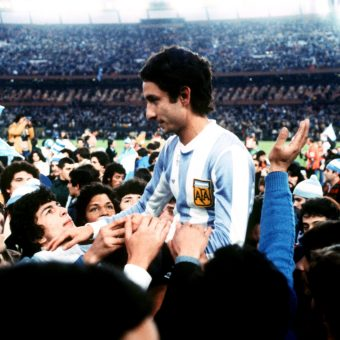 In 1978 Tottenham Hotspur Signed Argentinian World Cup Winners Osvaldo Ardiles And Ricardo Villa And Declared War