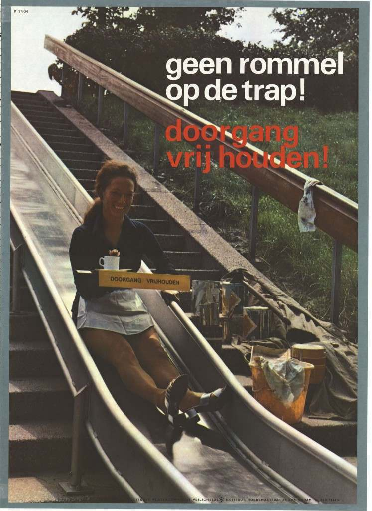 No mess on the stairs. Obstruct passage Keyword: Working Safety Safety Institute (Amsterdam) Period topic:1974 - 1974 Property: poster