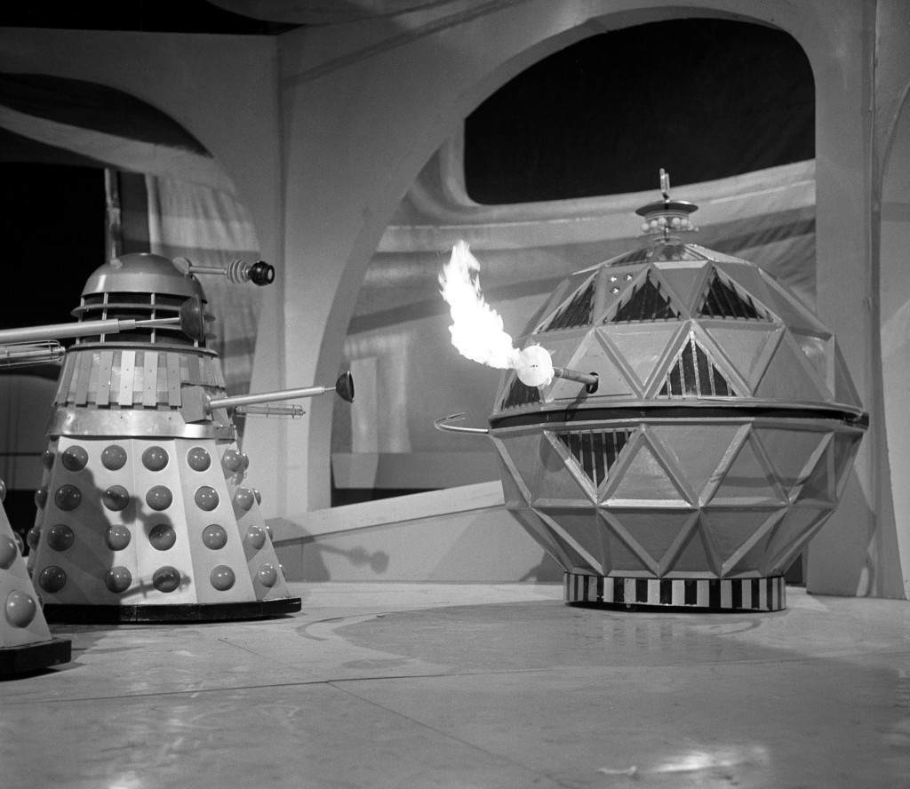 A Dalek confronting a flame-belching Mechanoid at Ealing Studios, London. Ref #: PA.10285637 Date: 14/04/1965