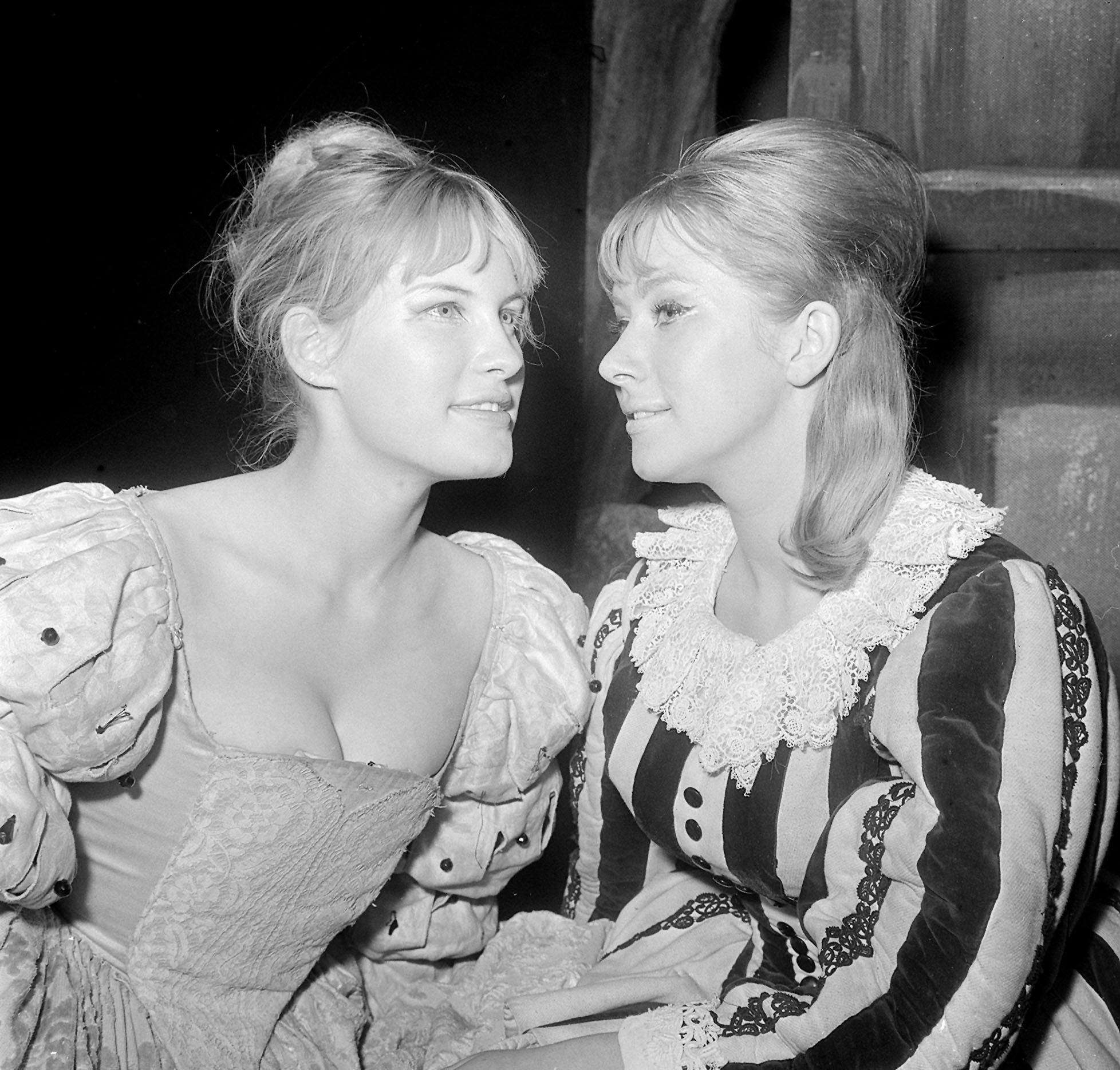 Mary Payne and Helen Mirren (age 19) during rehearsal at the Queen's Theatre, London, for the National Youth Theatre's production of  A Midsummer Night's Dream. 31/08/1964