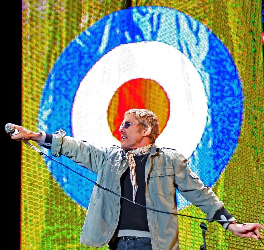 Roger Daltrey of The Who performs on the Pyramid stage at the 2007 Glastonbury Festival at Worthy Farm in Pilton, Somerset. 24/06/2007 Picture by: Anthony Devlin/PA Archive/Press Association Images Image Size: 2336x2214