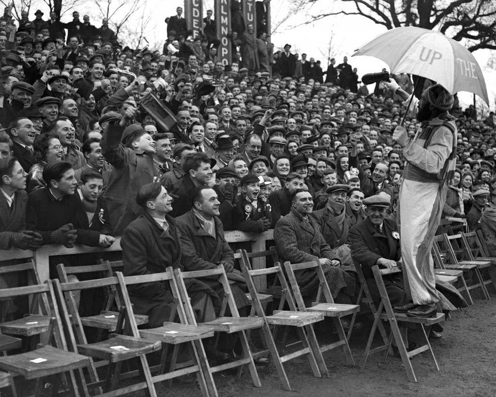 occer - FA Cup Tie - Colchester v Bradford The Colchester supporter performs for the crowd Ref #: PA.8879621  Date: 24/01/1948