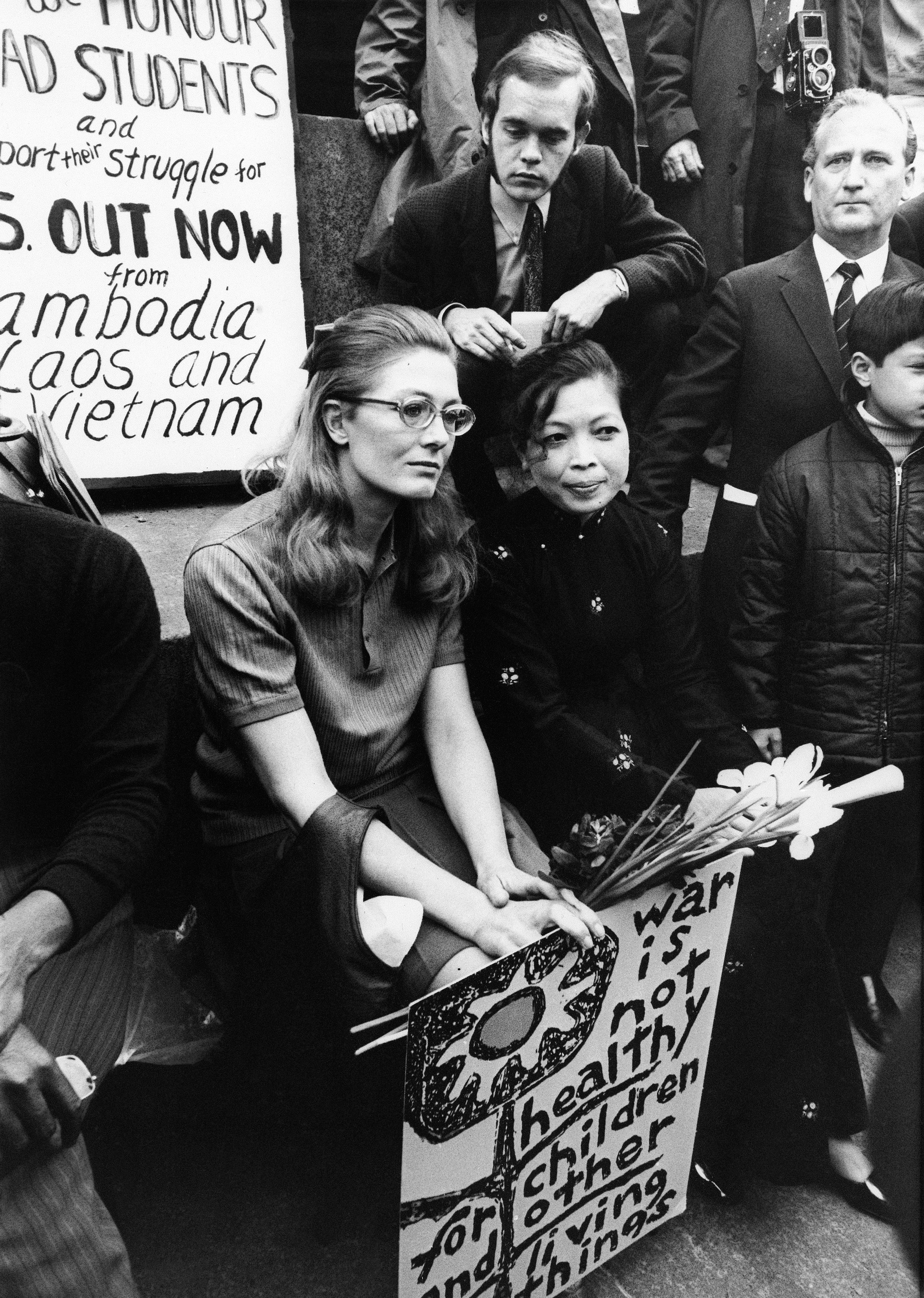 British actress Vanessa Redgrave, left, and Madame Lin Qui, wife of a Vietnamese journalist, are on a dais in Trafalgar Square, London, May 9, 1970, before leading a march to the United States Embassy in Grosvenor Square, in protest against United States involvement in Vietnam and Cambodia. (AP Photo)