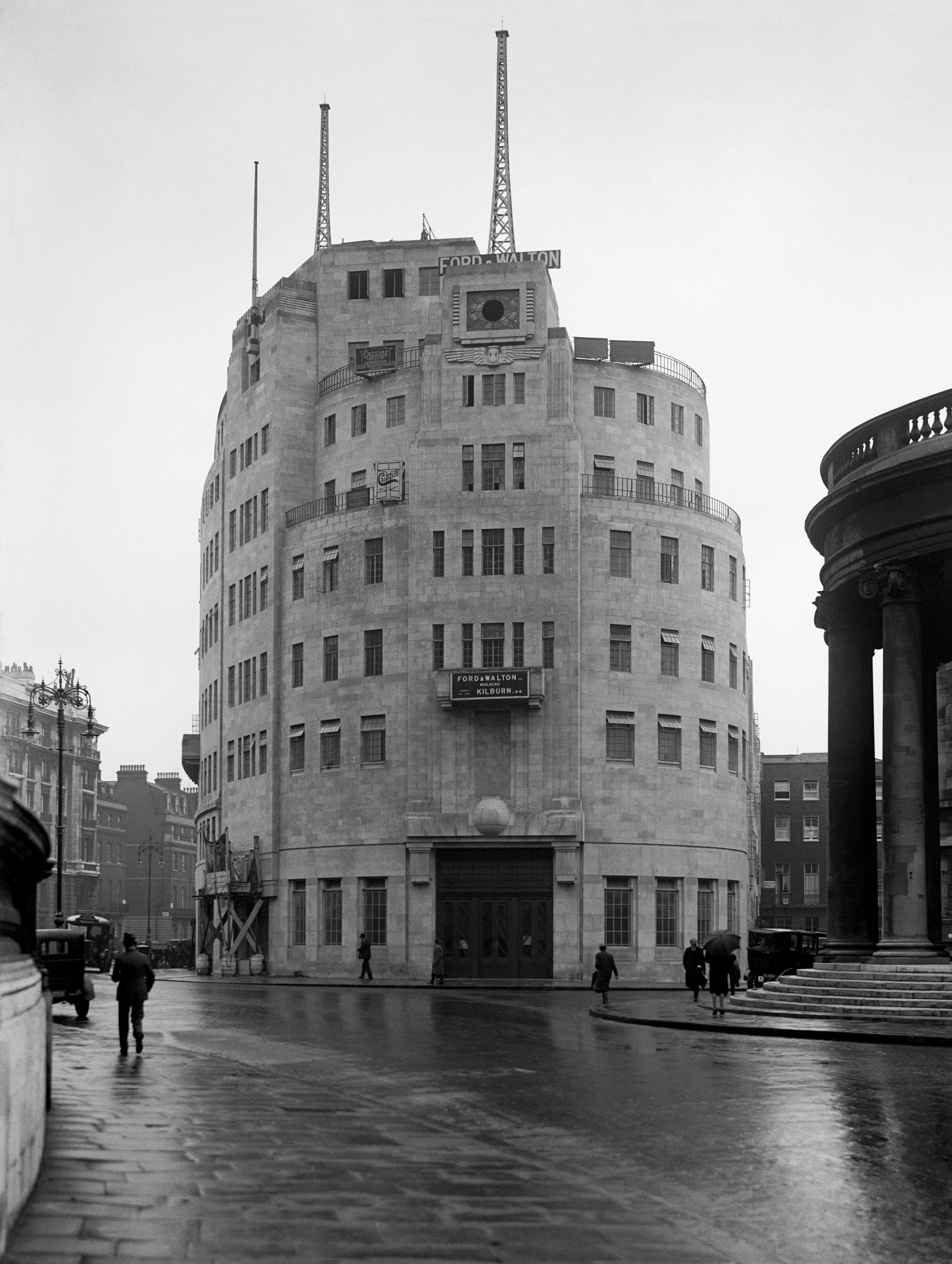 A view of the newly-built BBC Broadcasting House in a wet central London. 13/08/1932