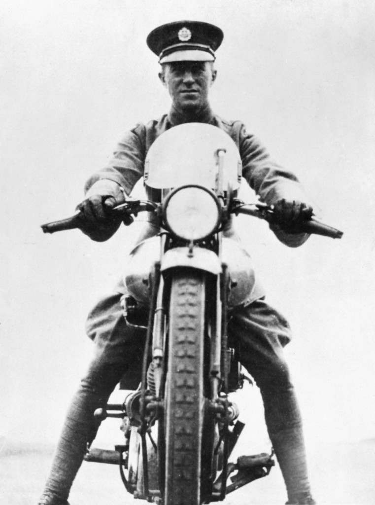 1927: T.E. Lawrence, 'Lawrence of Arabia', on his Brough Superior motorcycle.  Ref #: PA.1702452  Date: 26/03/1927