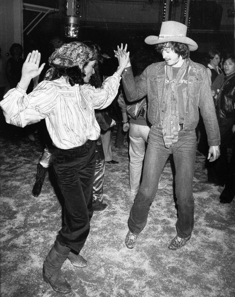 Margaret Trudeau, estranged wife of Canadian Prime Minister Pierre Trudeau, dances with Tom Sullivan, a member of Andy Warhol's Factory, dressed in cowboy hat and snakeskin boots, at New York's Studio 54, Feb. 17, 1978. (AP Photo) Ref #: PA.17643688 Date: 17/02/1978