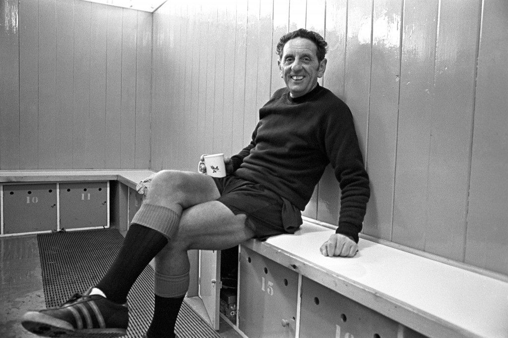 Soccer - Football League Division Two - Notts County - Behind the Scenes - Meadow Lane Notts County manager Jimmy Sirrel in the changing room with a cup of tea NULL Ref #: PA.2731585  Date: 01/09/1975