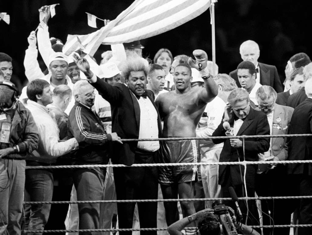 Boxing - World Heavyweight Championship - WBA Title Bout - Wembley Stadium - Frank Bruno v Tim Witherspoon