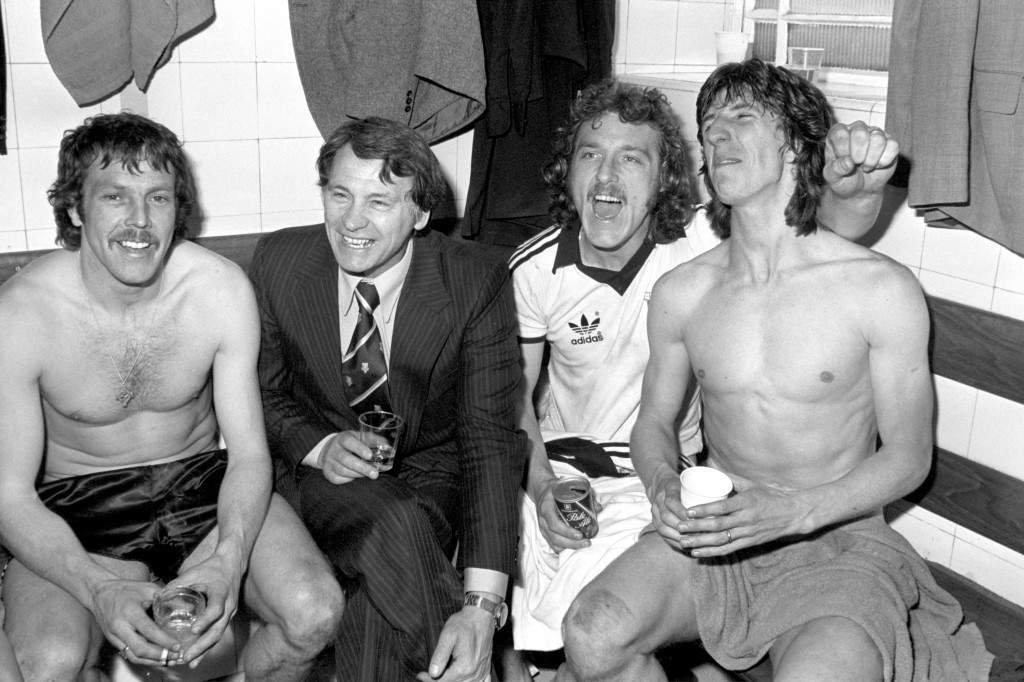 (L-R) Ipswich Town's Alan Hunter, manager Bobby Robson, Kevin Beattie and Paul Mariner celebrate victory in the dressing room after the match NULL Ref #: PA.668524  Date: 08/04/1978