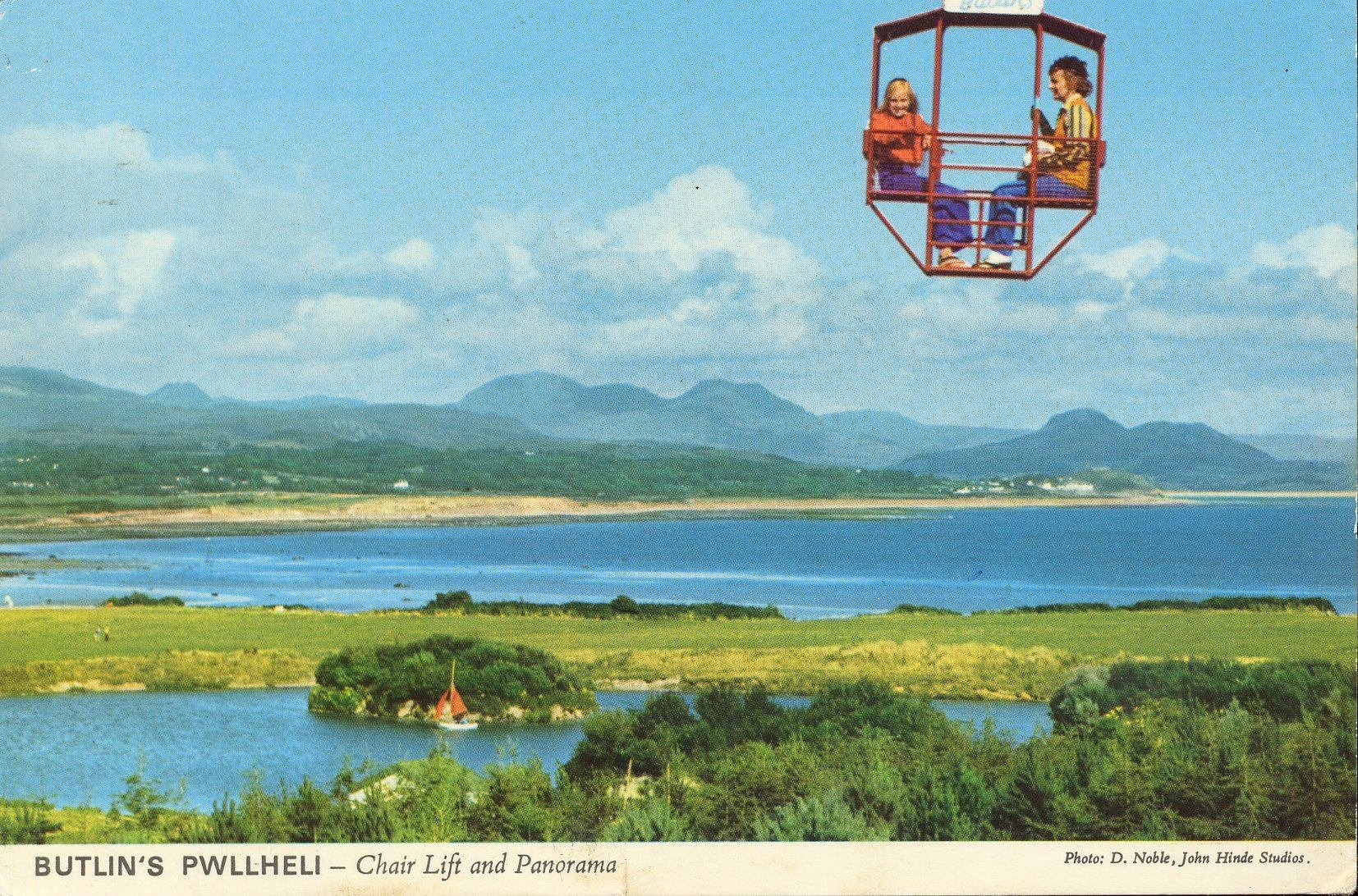 Butlins Pwllheli - Chairlift & Panorama (postcard, early 1970s)