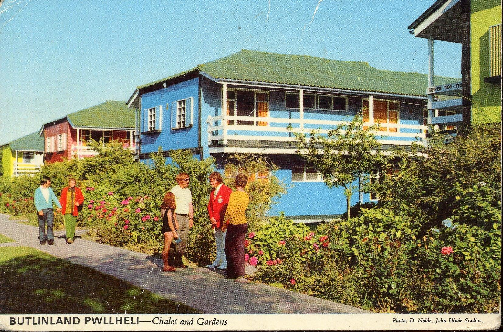 Butlins Pwllheli - Chalets & Gardens (postcard, early 1970s)