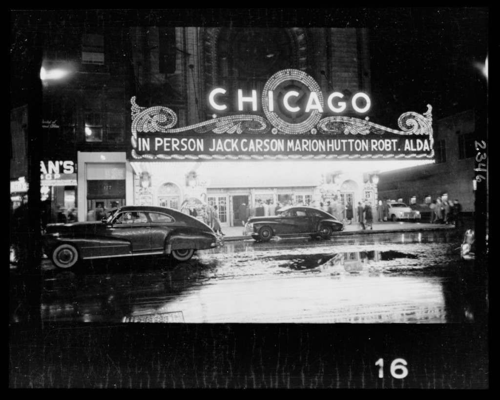 People arriving at a Chicago theater Stanley Kubrick