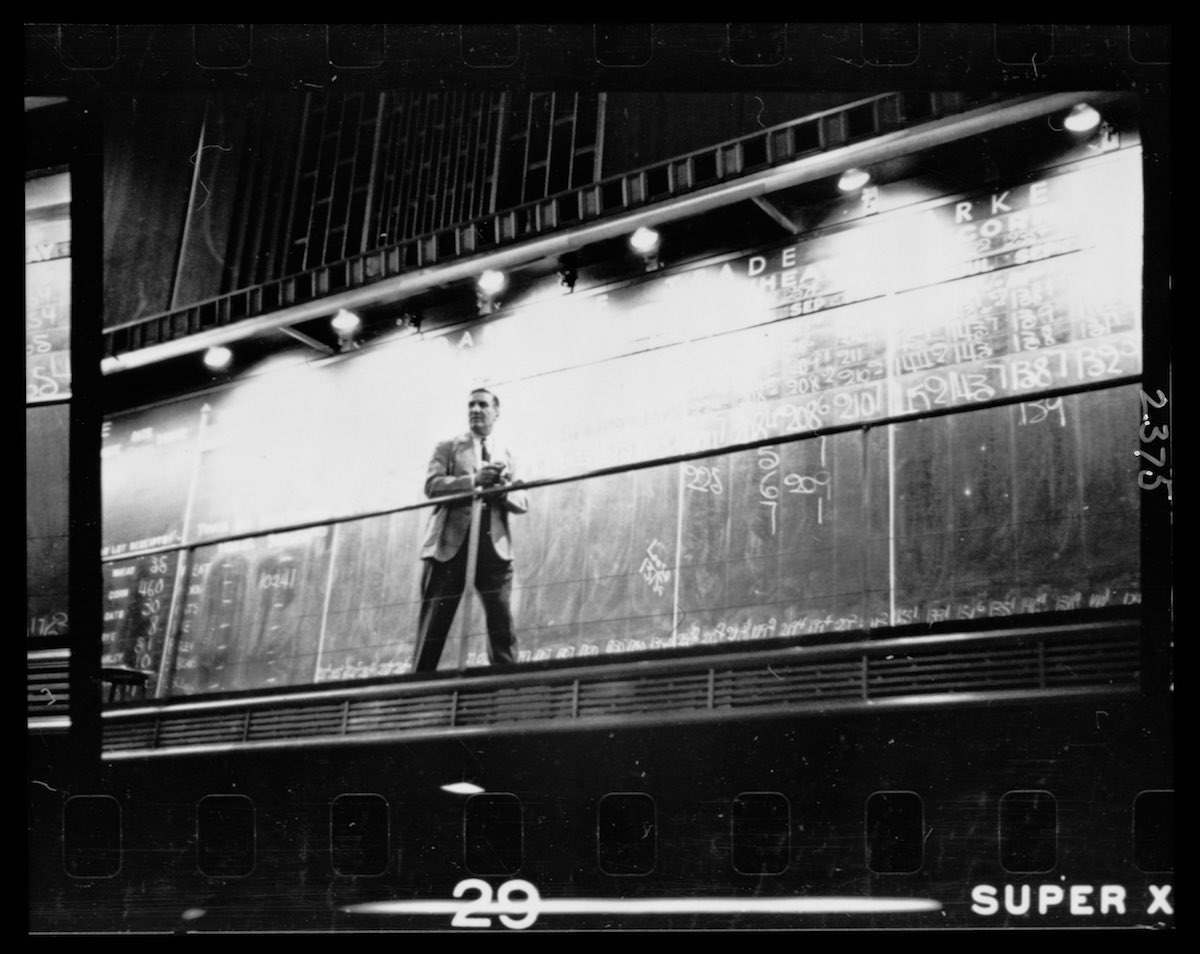 6ef52053b23 1949 Chicago  A City Of Extremes Photographed By Stanley Kubrick ...