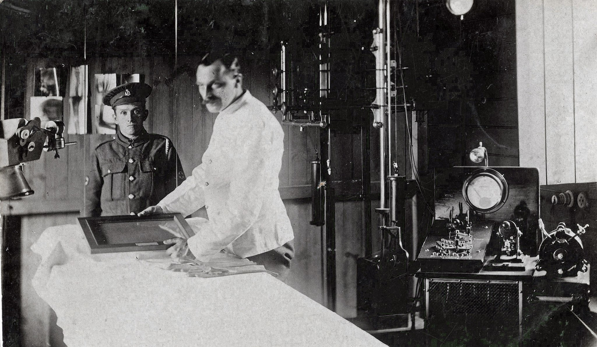 Kitchener Hospital, with Corporal Patterson and Private Foster, May 1916 x-ray room, Brighton.