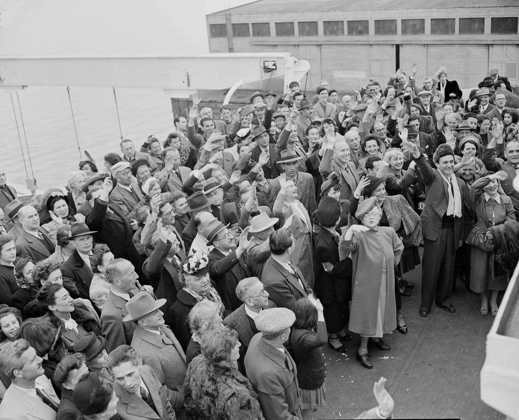 Jewish displaced people aboard SS General Gordon at San Francisco cheer Jewish welfare officials and others who wish them well on their journey to Israel, Feb. 21, 1949. They have arrived from Shanghai and will be transported in a sealed train across the U.S. to New York where they will board a vessel bound for Palestine. (AP Photo/Ernest K. Bennett) Ref #: PA.16054881 Date: 21/02/1949