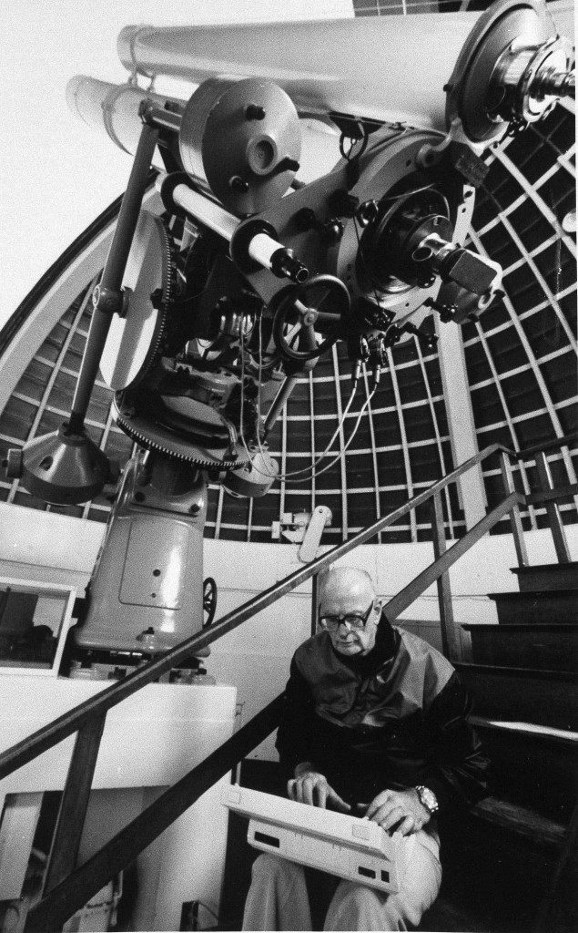 "British science fiction author Arthur C. Clarke, who wrote ""2001: A Space Odyssey"" and its soon-to-be -released sequel ""2010: Odyssey Two,"" poses with a Hewlett-Packard portable computer in Los Angeles Griffith Park Observatory, Dec. 6, 1984, during his current trip to the U.S. (AP Photo)"