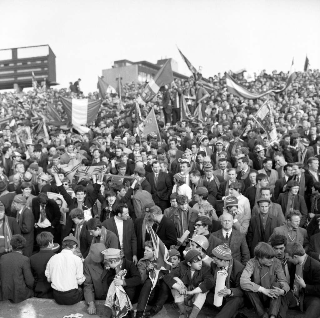 PA. 18756934 Soccer - Inter-Cities Fairs Cup - Semi-Final 2nd Leg - Newcastle United v Rangers - St James' Park A section of the crowd at the Fairs Cup semi-final between Newcastle and Rangers. Ref #: PA.18756934  Date: 21/05/1969