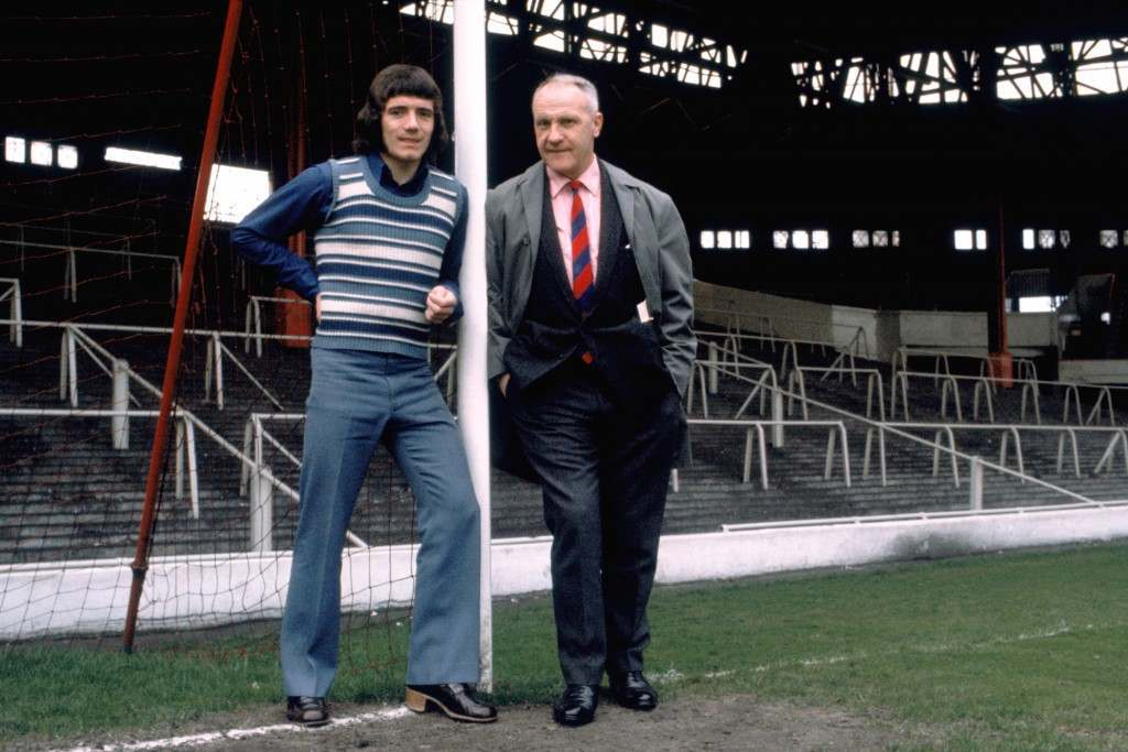 Liverpool manager Bill Shankly (right) with Kevin Keegan (left) at Anfield Ref #: PA.302757  Date: 24/05/1971