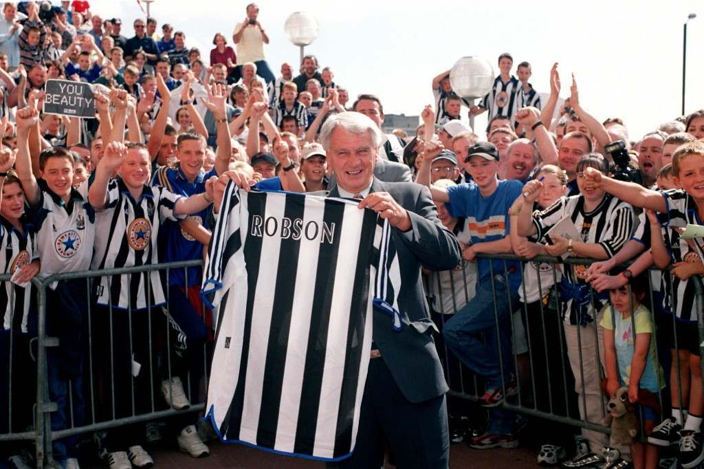 Soccer - Bobby Robson press conference at St. James' Park Newcastle Bobby Robson's arrival at Newcastle United is applauded by the fans International Soccer ... Le Tournoi de France ... France v Italy%0D%0AZinedine Zidane, %0D%0AFrance during Le %0D%0ATournoi de France v %0D%0AItaly Ref #: PA.325534  Date: 03/09/1999