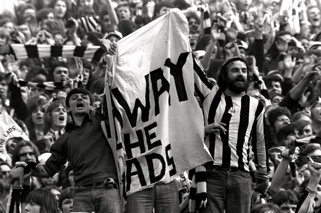 PA. 389806 Soccer - FA Cup Final - Liverpool v Newcastle United Newcastle United fans get behind their team NULL Ref #: PA.389806  Date: 04/05/1974