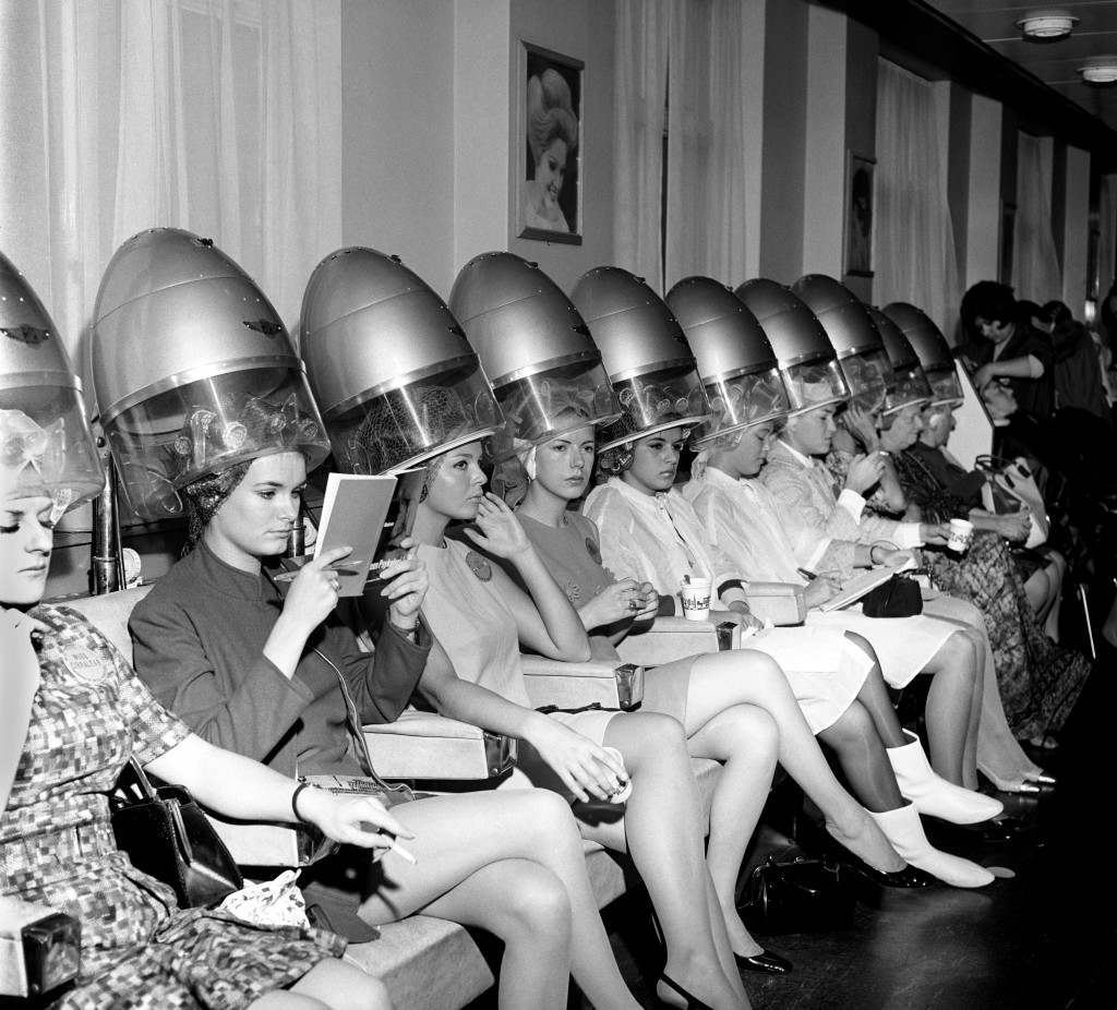"The contestants for the 1967 Miss World beauty title, photographed at a london salon having their fInal ""hair do"" before the contest archive-F2645 Ref #: PA.4637903 Date: 15/11/1967"
