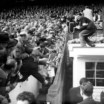 Faces In The Crowd: Manchester United Fans 1948-1980