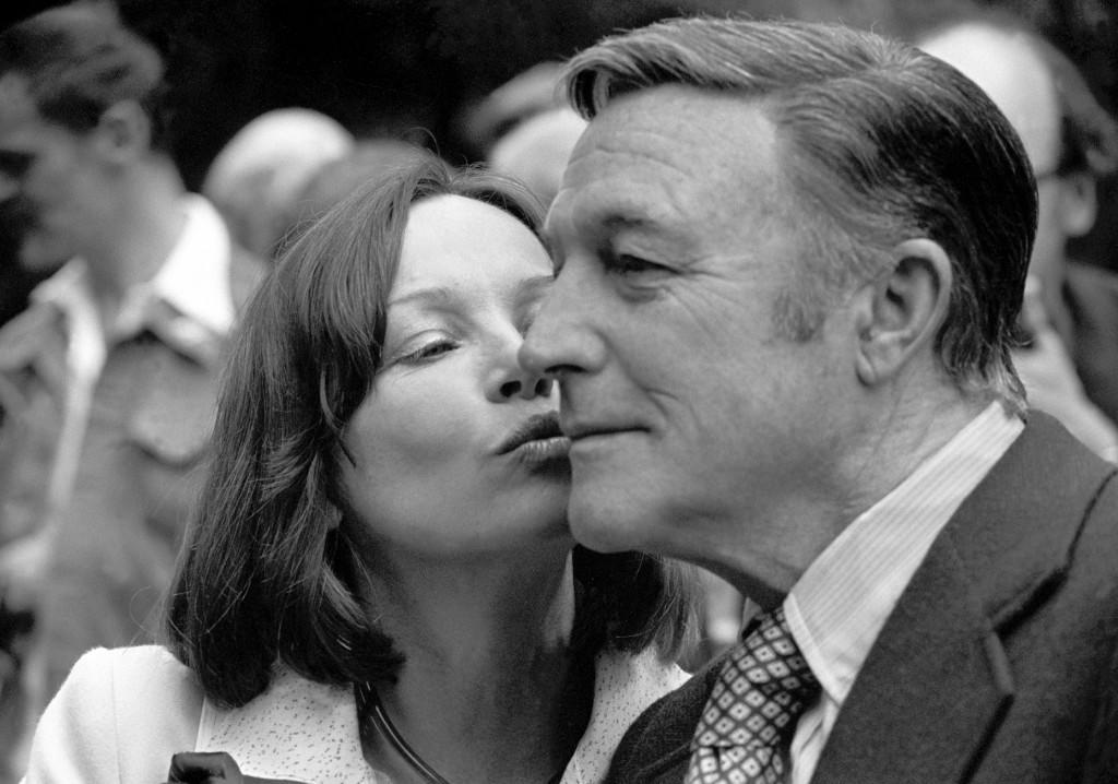 Leslie Caron and Gene Kelly in London for the premiere of 'That's Entertainment, Part II'. Ref #: PA.7354340  Date: 17/08/1976