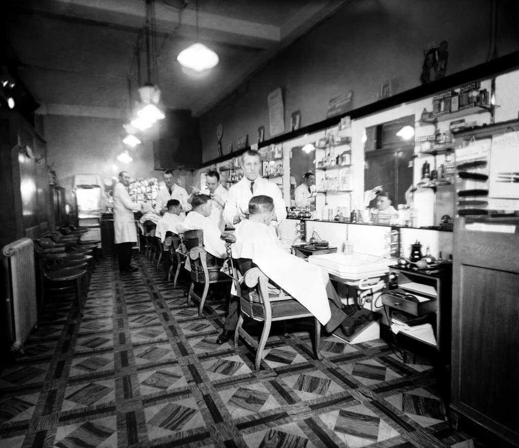 View from the inside of a Barber's Shop in London P72641-7 Ref #: PA.7488796 Date: 17/04/1951