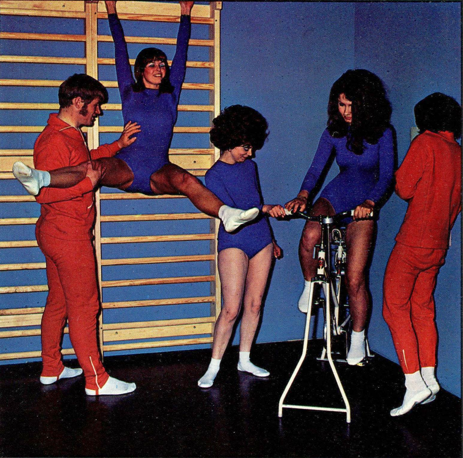 stationary bike o rama pedalling your way to fitness in the 1970s flashbak. Black Bedroom Furniture Sets. Home Design Ideas