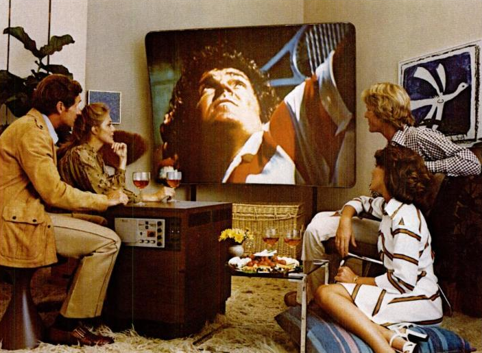 10_70s Big Screen TV