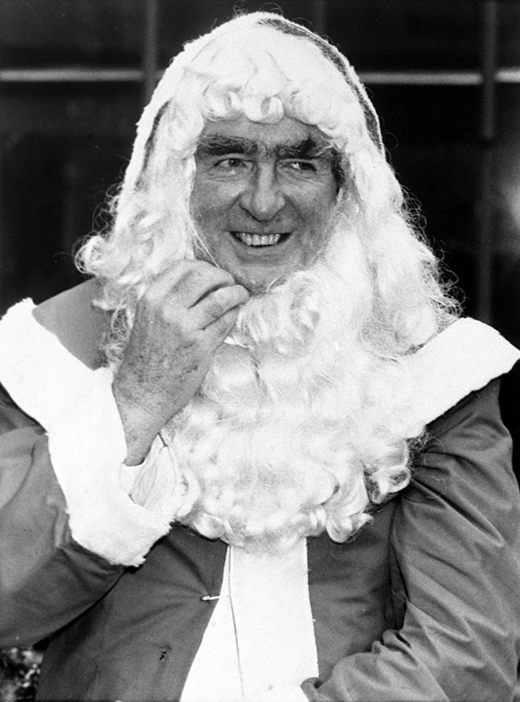 Former Labour cabinet minister Denis Healey who appeared at a press conference in London as Father Christmas, organised by the Greeting Card and Calendar Association with the Post office to stress the importance of communication this Christmas. Ref #: PA.1662563  Date: 04/12/1985