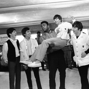 1964: 'Big Mouth Loser' Cassius Clay Meets The Beatles