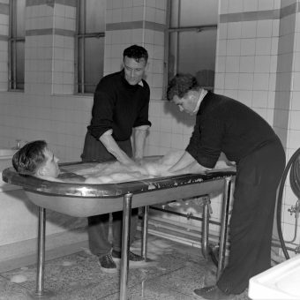1955: An Interesting Bath in The Arsenal FC Wash Rooms
