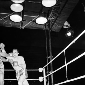 Four Seconds Of Boxing Glory: When Henry Cooper Fought Muhammad Ali In 1963 (Photos)