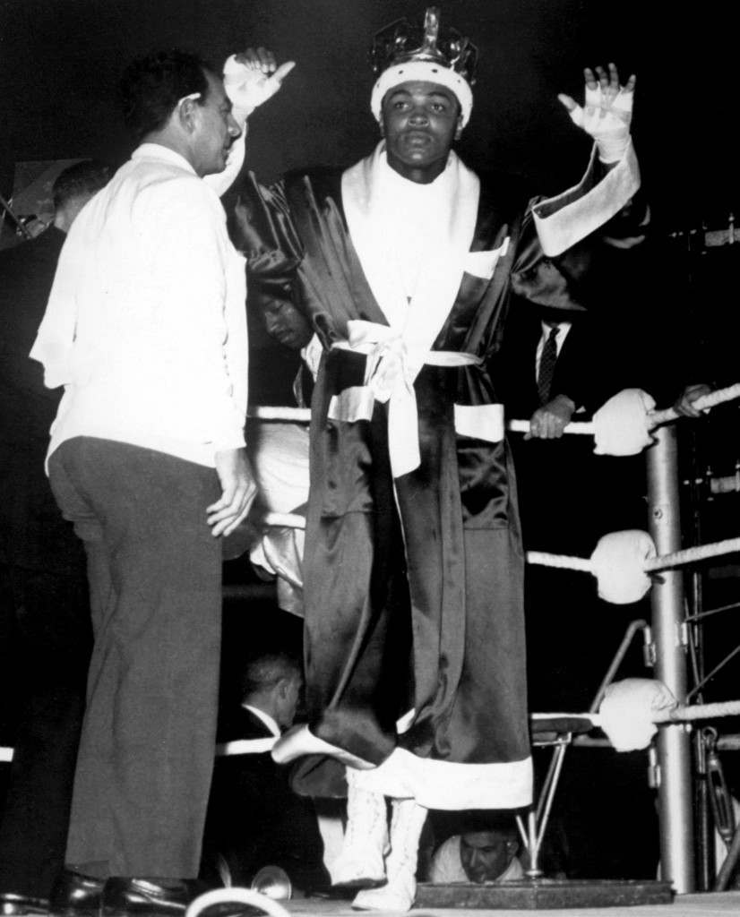 Boxing - Heavyweight Bout - Cassius Clay v Henry Cooper