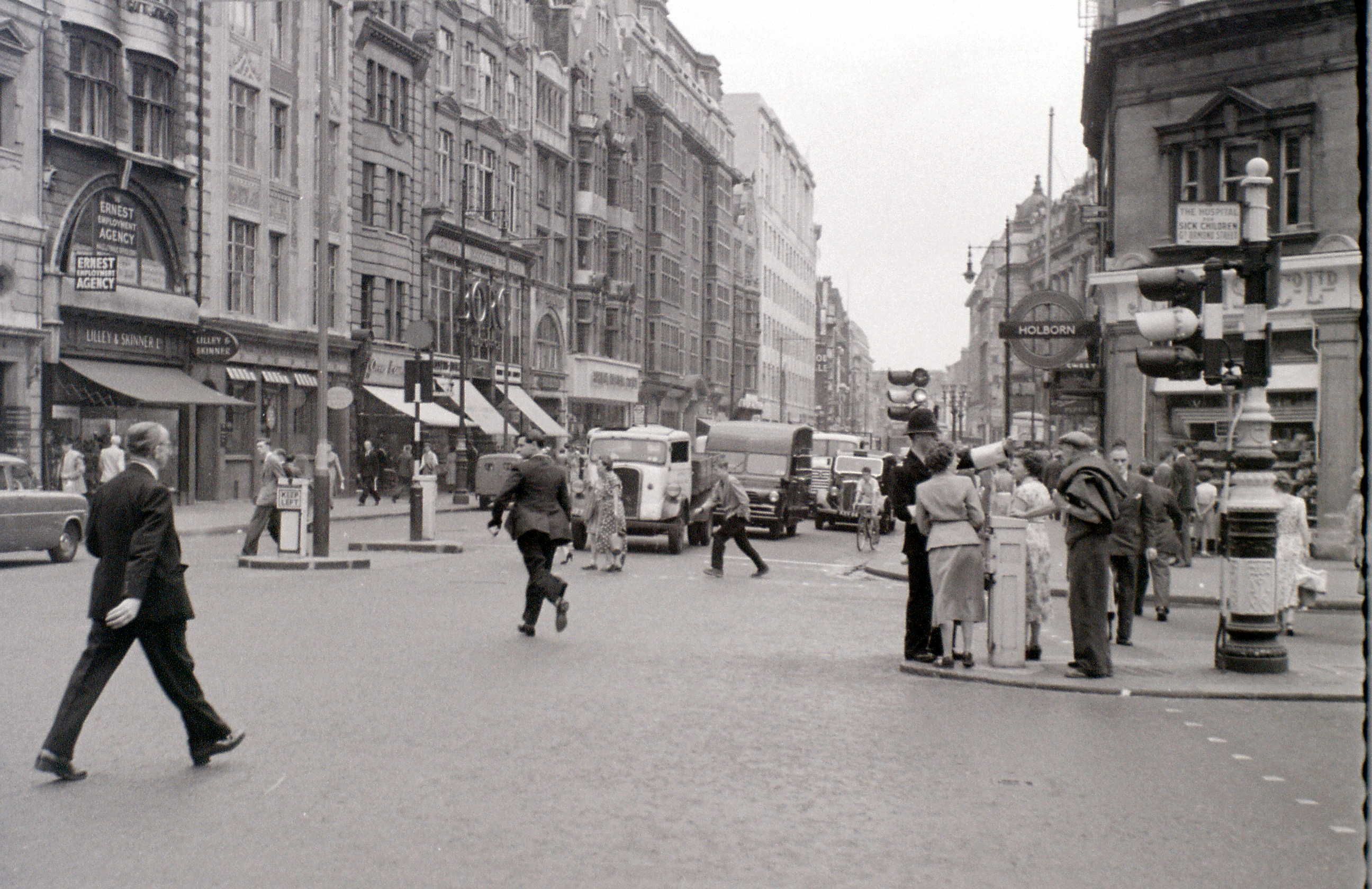 High Holborn, London, 2 August 1955.