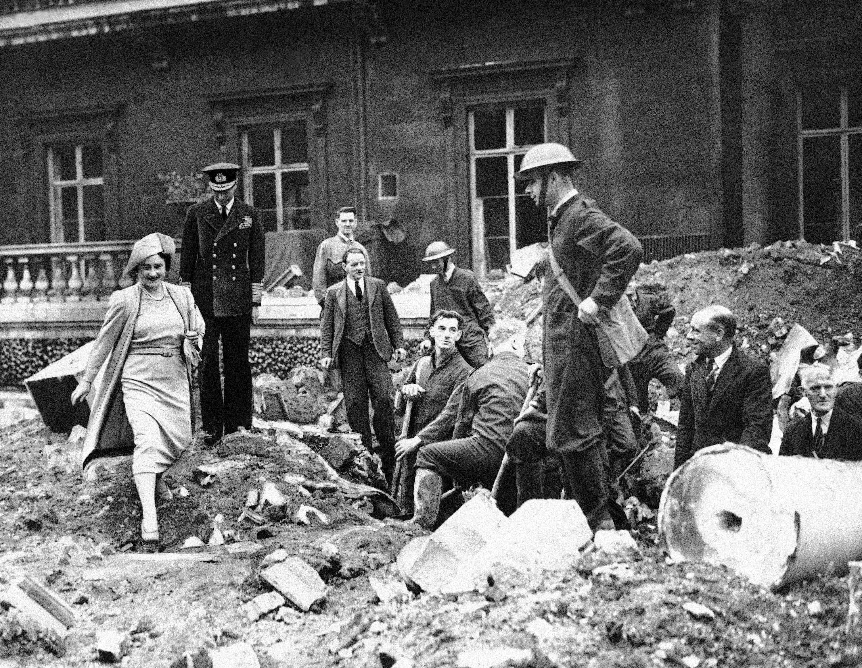 Faces Of The Blitz And England In World War 2 40 Photos