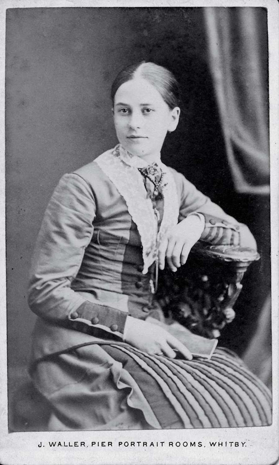 Photographic Portraits Of Victorian Women