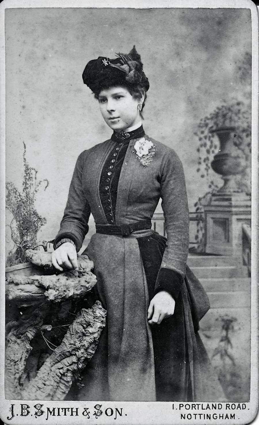 Photographic portraits of Victorian women - FlashbakVictorian Woman Portrait