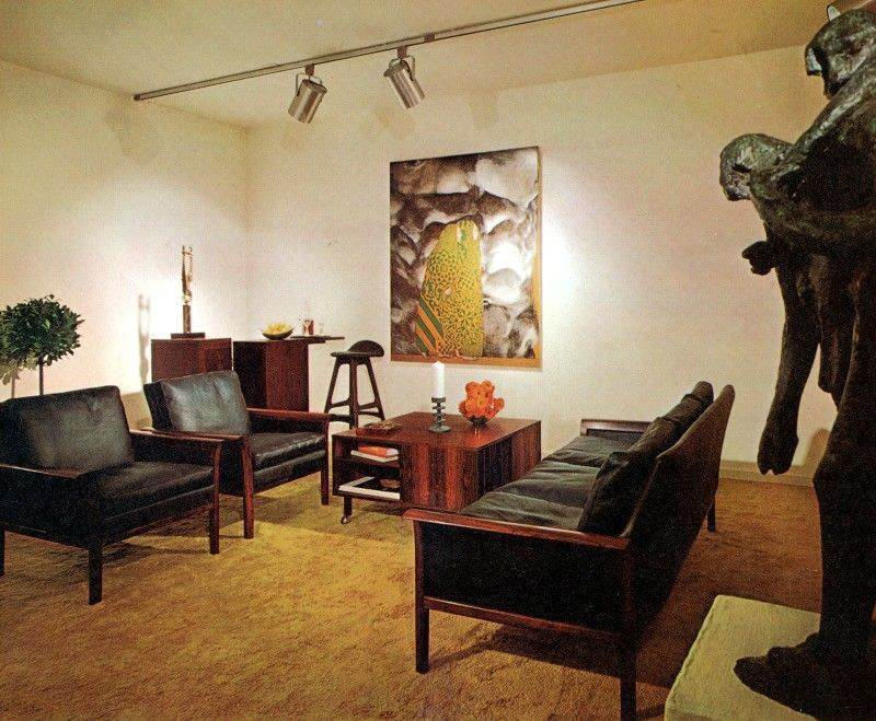 Fab and funky living rooms of the seventies flashbak for 70s living room furniture