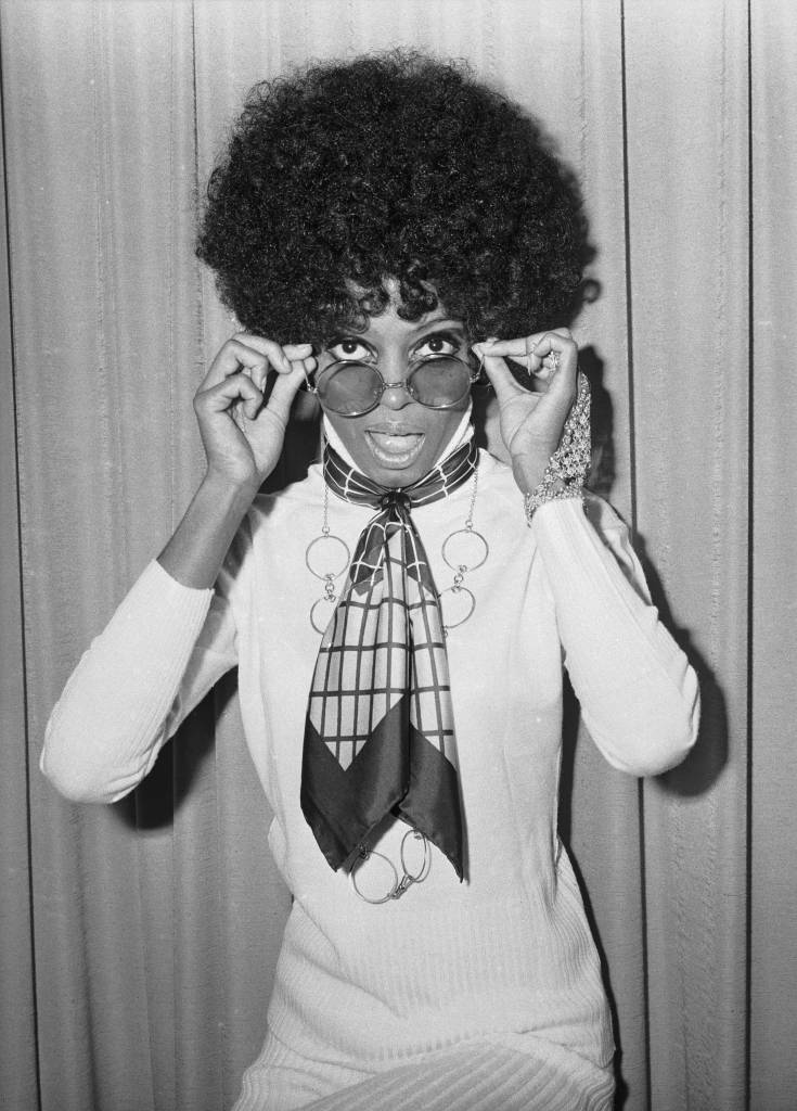 19th November 1968: Singer Diana Ross at he headquarters of EMI Records. (Photo by Larry Ellis/Express/Getty Images)