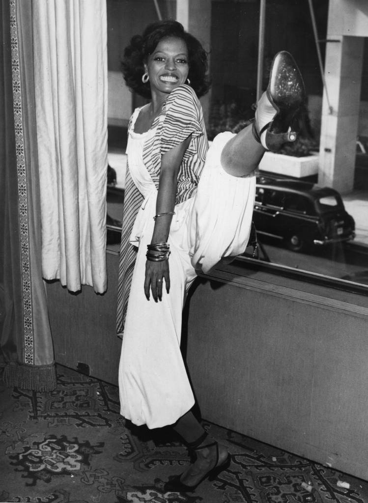 10th March 1976: Actress and singer Diana Ross, high kicking during a press conference at London's Inn On The Park Hotel. (Photo by Mike Stephens/Central Press/Getty Images)