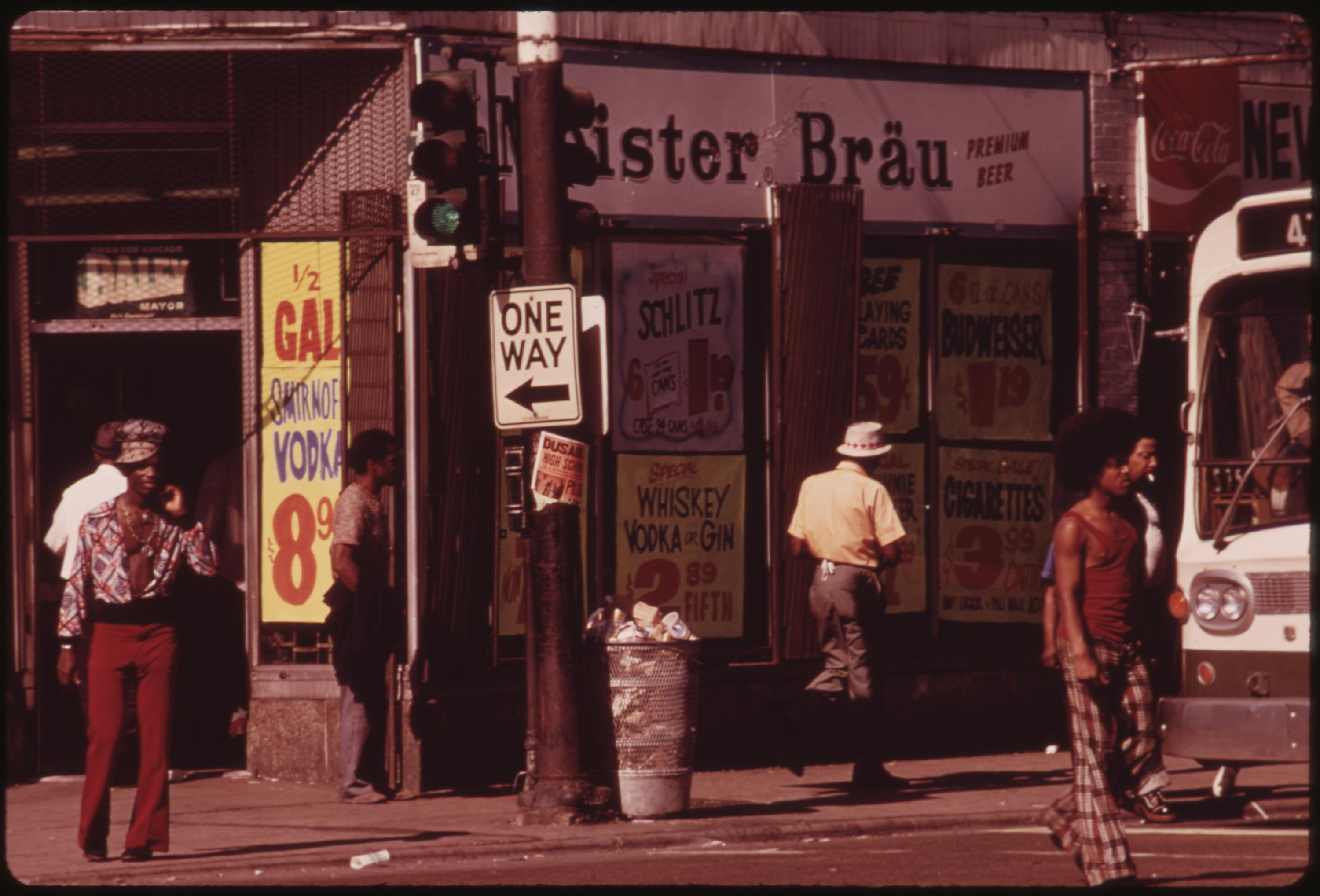 Street Scene On 47th Street In South Side Chicago, A Busy Area Where Many Small Black Businesses Are Located, 06:1973 John H White