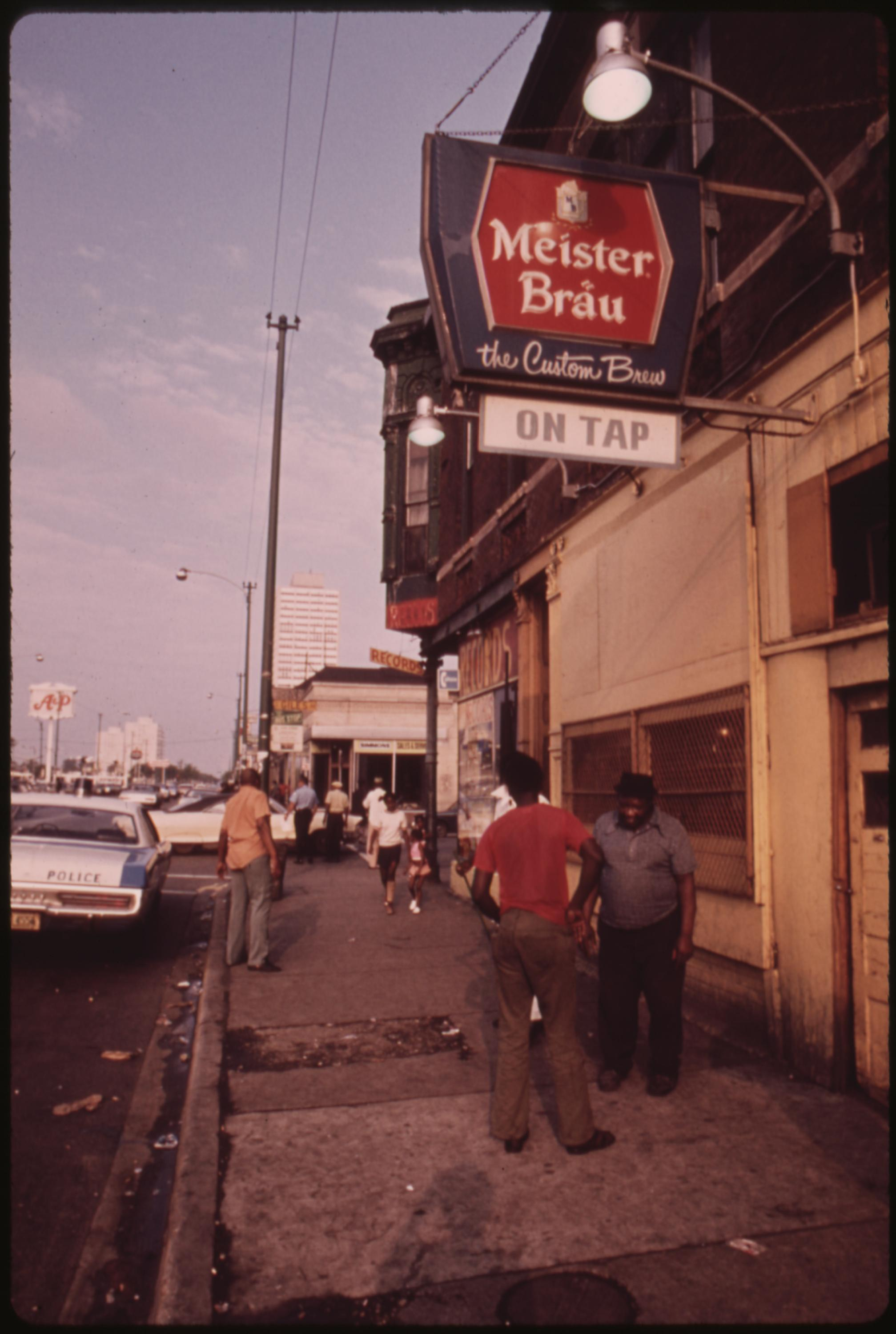 Street Scene On 47th Street In South Side Chicago, A Busy Area Where Many Small Black Businesses Are Located, 06:1973