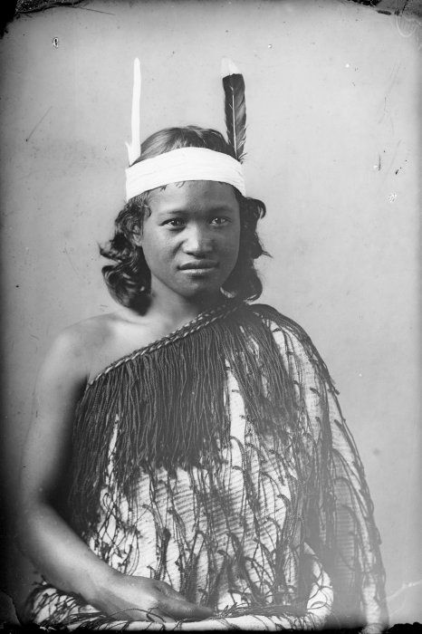 Carte de visite portrait of a young Maori girl from Hawkes Bay, taken, probably between 1880 and 1900, by Samuel Carnell of Napier.