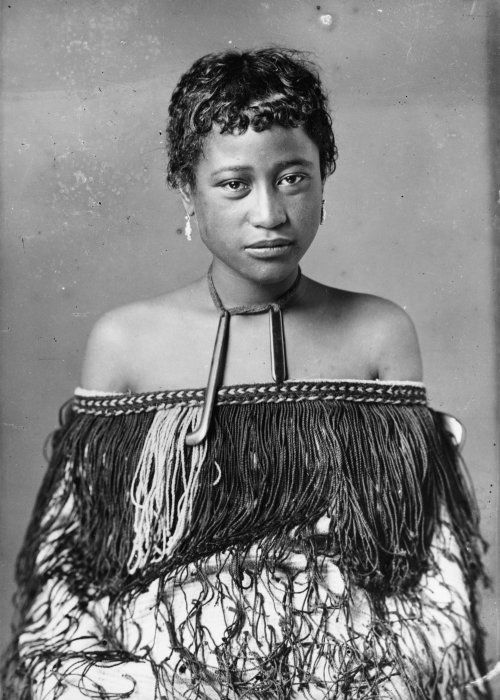 Carte de visite portrait of a Maori woman from Hawkes Bay, taken, probably between 1880 and 1900, by Samuel Carnell of Napier.