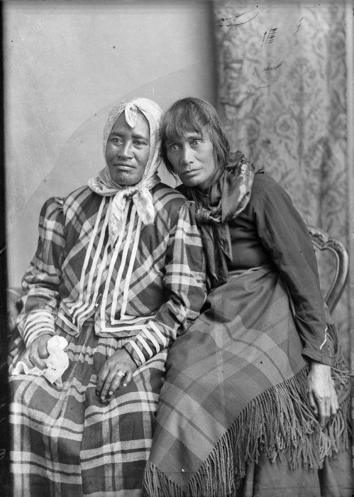 Carte de visite portrait of two Maori women, taken 29 December 1884 by Samuel Carnell of Napier.