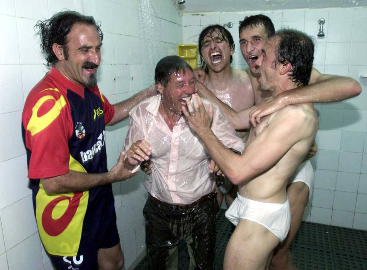 17 Jun 2001:  Lecce players and management celebrate in the showers after the Serie A 34th Round League match played between Lecce and Lazio,  played at the Via del Mare Stadium,  Lecce Italy.                                  + DIGITAL CAMERA + MandatoryCredit: Grazia Neri/ALLSPORT
